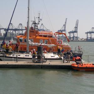 Lifeboat Towing